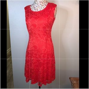Red lace dress 👗